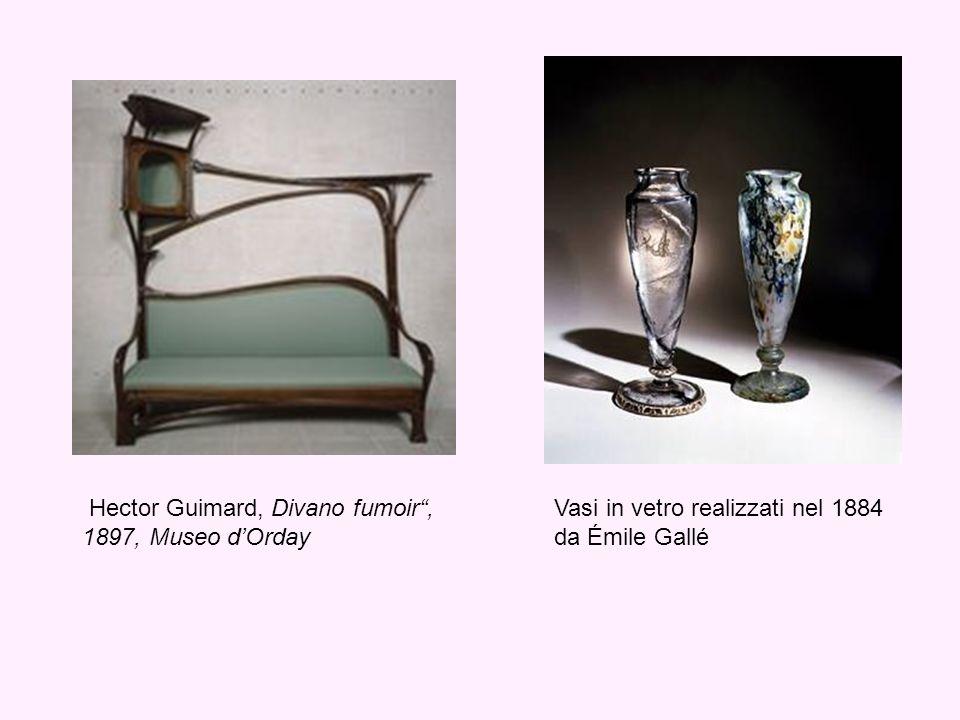 Hector Guimard, Divano fumoir, 1897, Museo dOrday Vasi in vetro realizzati nel 1884 da Émile Gallé