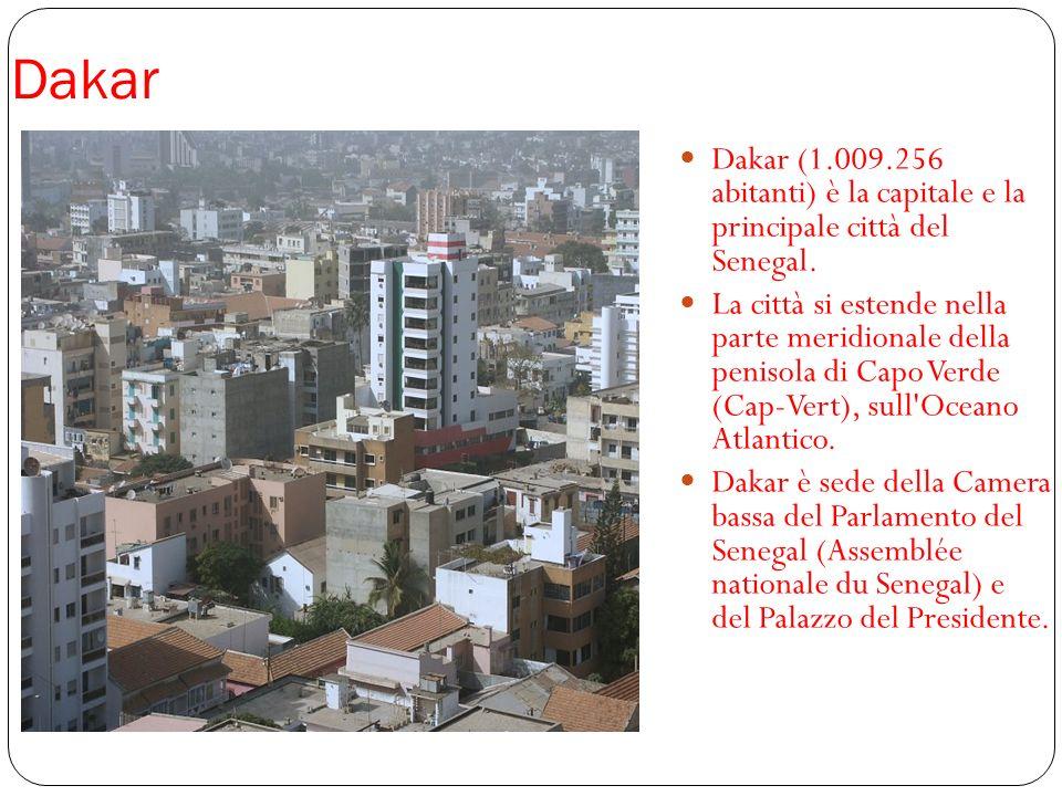 Dakar Dakar (1.009.256 abitanti) è la capitale e la principale città del Senegal. La città si estende nella parte meridionale della penisola di Capo V