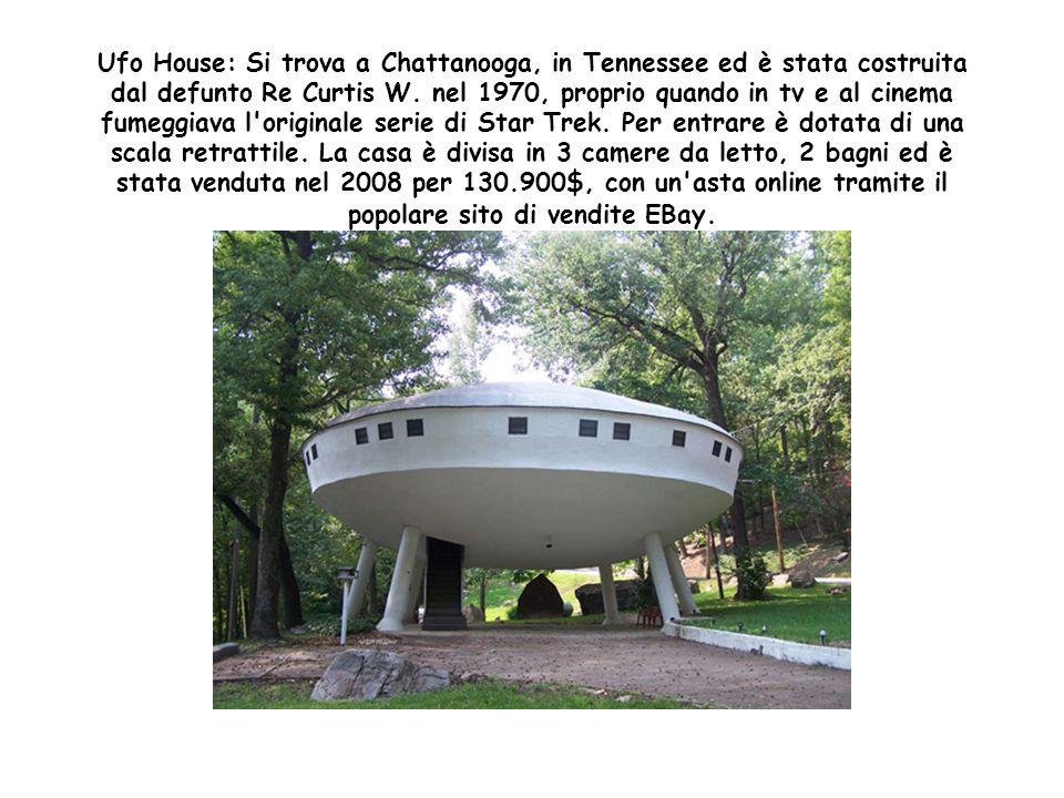 Bubble House: Si trovano a Tourettes-sur-Loup in Francia, non hanno ancora nemmeno 40 anni, ma sono già state designate ad essere un monumento storico