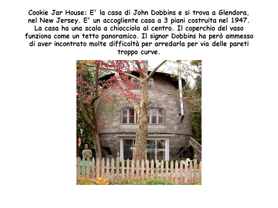 Ufo House: Si trova a Chattanooga, in Tennessee ed è stata costruita dal defunto Re Curtis W. nel 1970, proprio quando in tv e al cinema fumeggiava l'