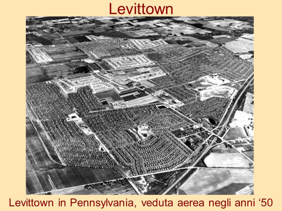 Levittown Levittown in Pennsylvania, veduta aerea negli anni 50