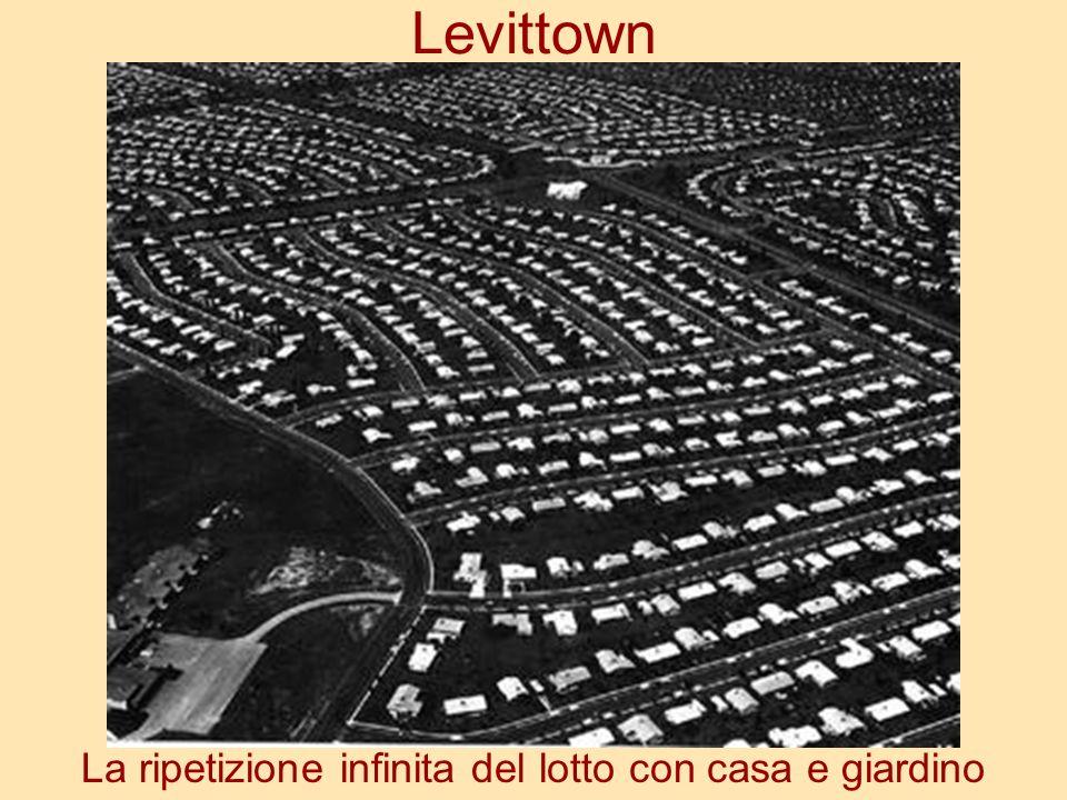 Levittown La ripetizione infinita del lotto con casa e giardino