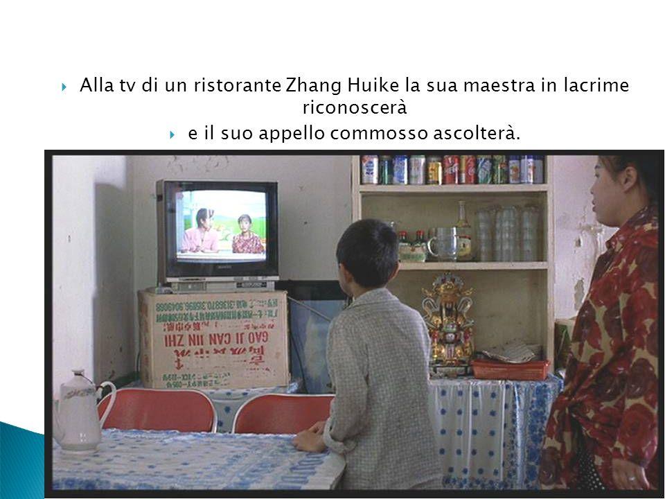 Alla tv di un ristorante Zhang Huike la sua maestra in lacrime riconoscerà e il suo appello commosso ascolterà.