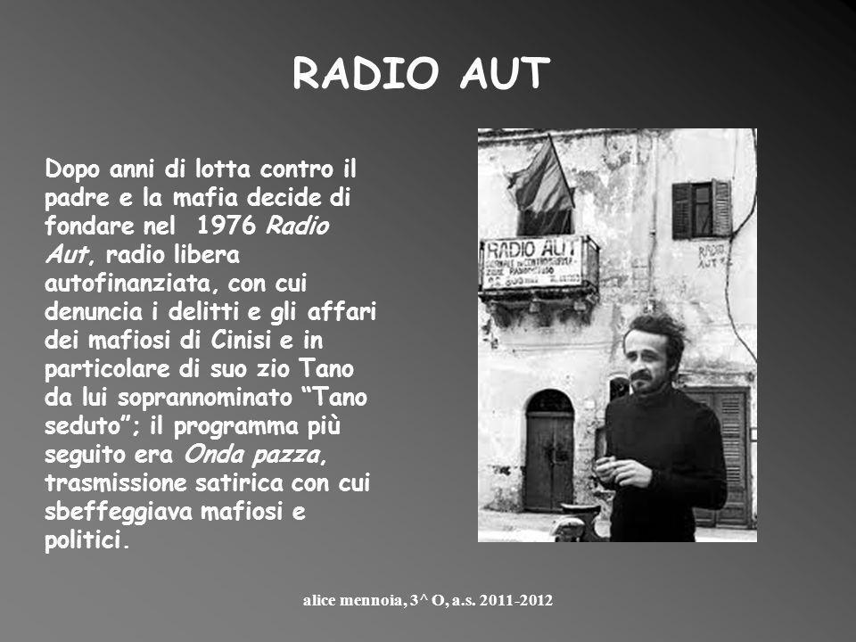 Peppino Impastato nacque a Cinisi, in provincia di Palermo, il 5 gennaio 1948, da una famiglia mafiosa; da ragazzo inizia a ribellarsi contro il padre