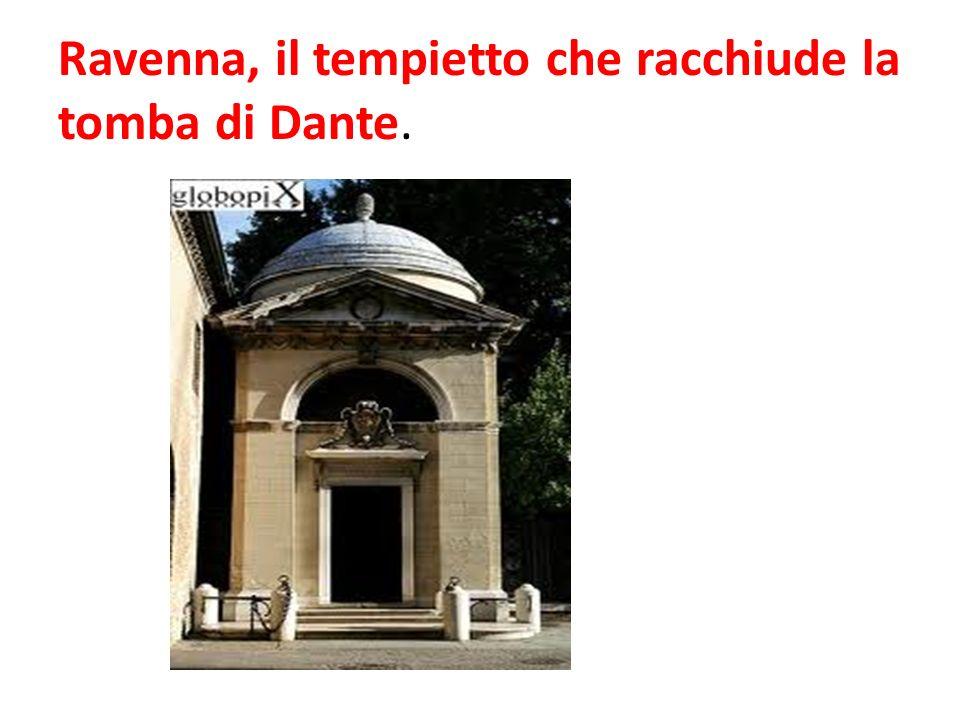 Ravenna, il tempietto che racchiude la tomba di Dante.