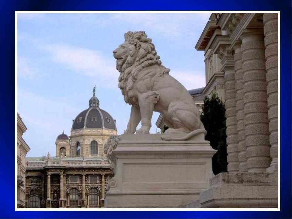 Vienna è la capitale e allo stesso tempo uno stato federato dell Austria, completamente circondato dalla Bassa Austria.