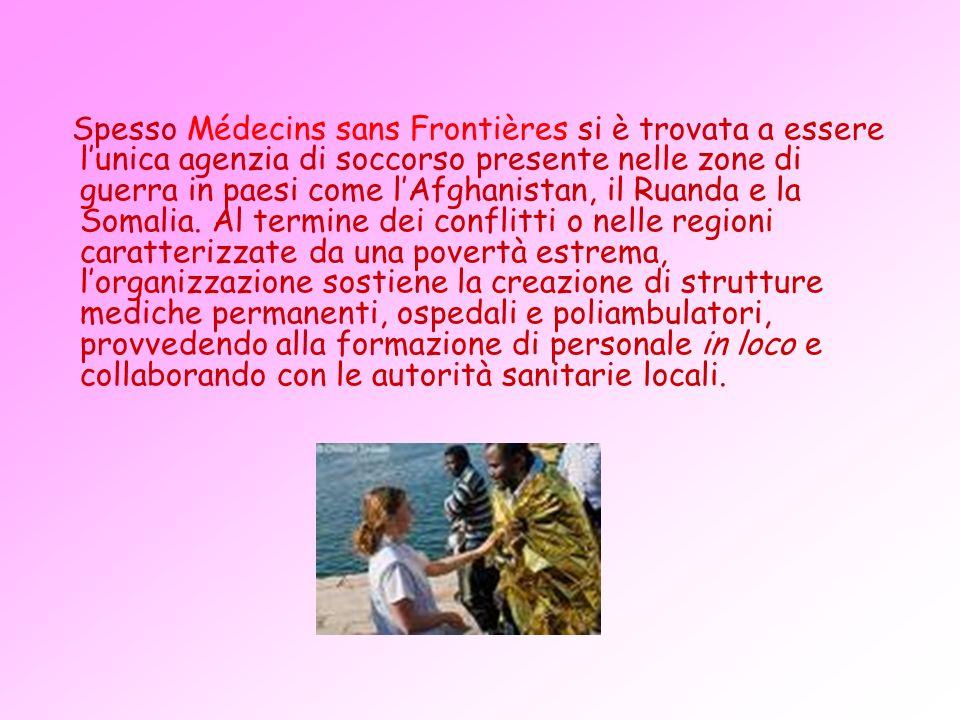 Il bilancio annuale di Médecins sans Frontières ammontava, nel 2003, a 381,9 milioni di euro, di cui circa la metà provenienti da donazioni private e il resto da stanziamenti dellAlto Commissariato delle Nazioni Unite per i rifugiati (UNHCR), dellUnione Europea e dei governi nazionali.