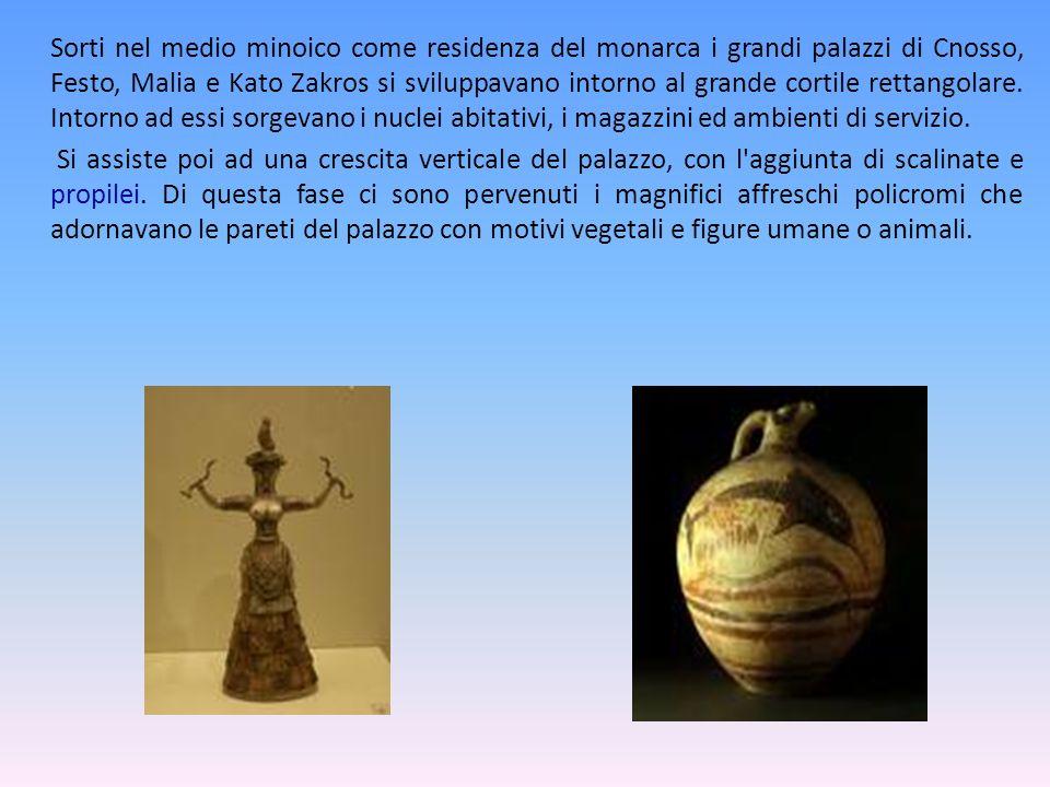La Civiltà Minoica Col tempo in Grecia iniziarono a svilupparsi diverse civiltà, come quella minoica: Minoica è il nome dato alla civiltà cretese dell