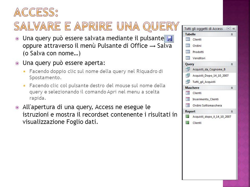 Creando una nuova query, all apertura della finestra Struttura si apre automaticamente anche la finestra di dialogo Mostra tabella dalla quale è possibile aggiungere più tabelle.