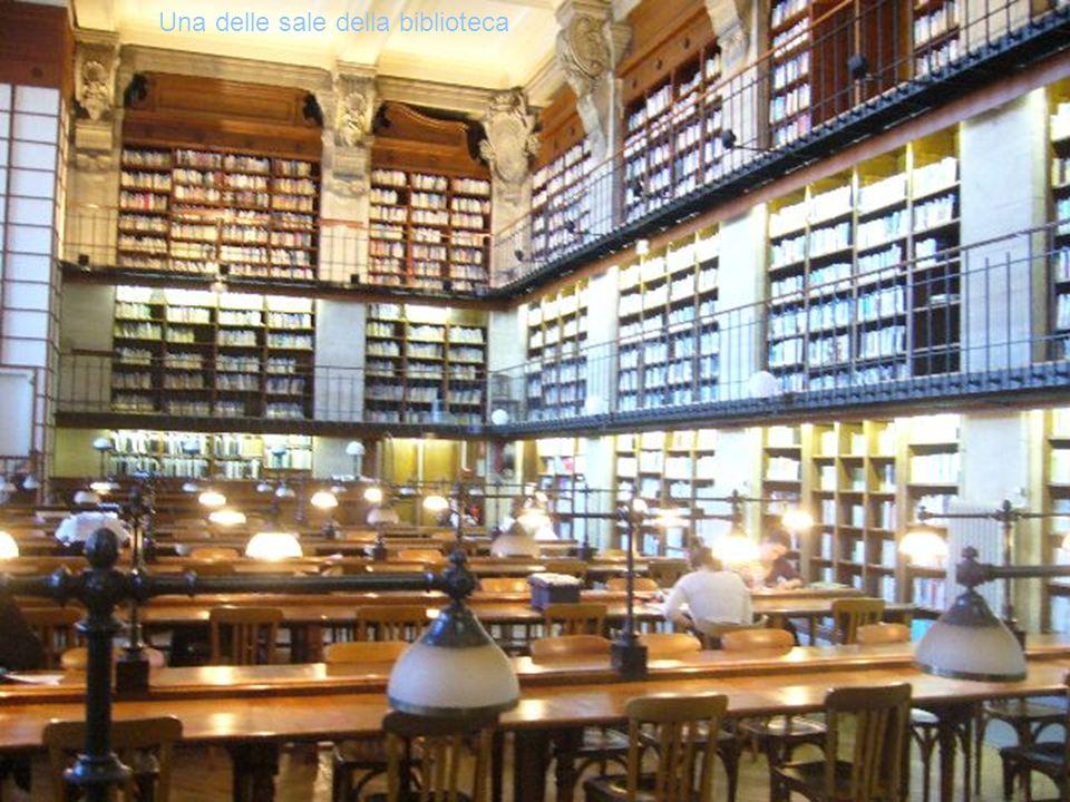 Una delle sale della biblioteca
