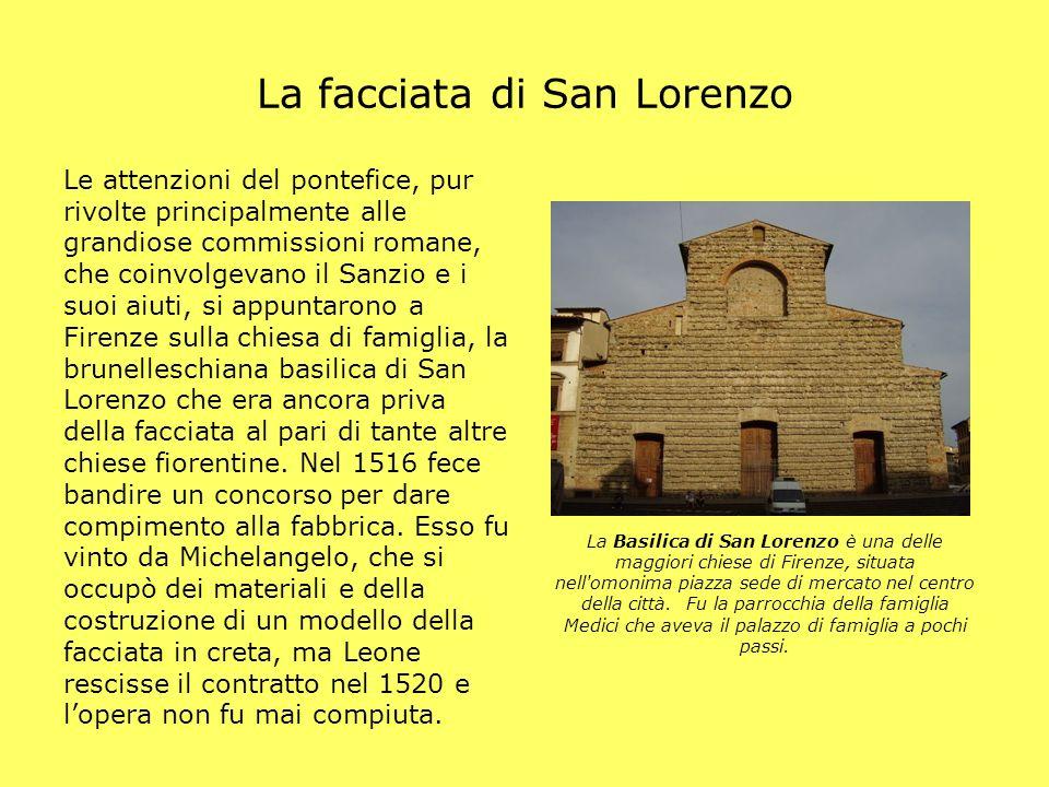La facciata di San Lorenzo La Basilica di San Lorenzo è una delle maggiori chiese di Firenze, situata nell'omonima piazza sede di mercato nel centro d