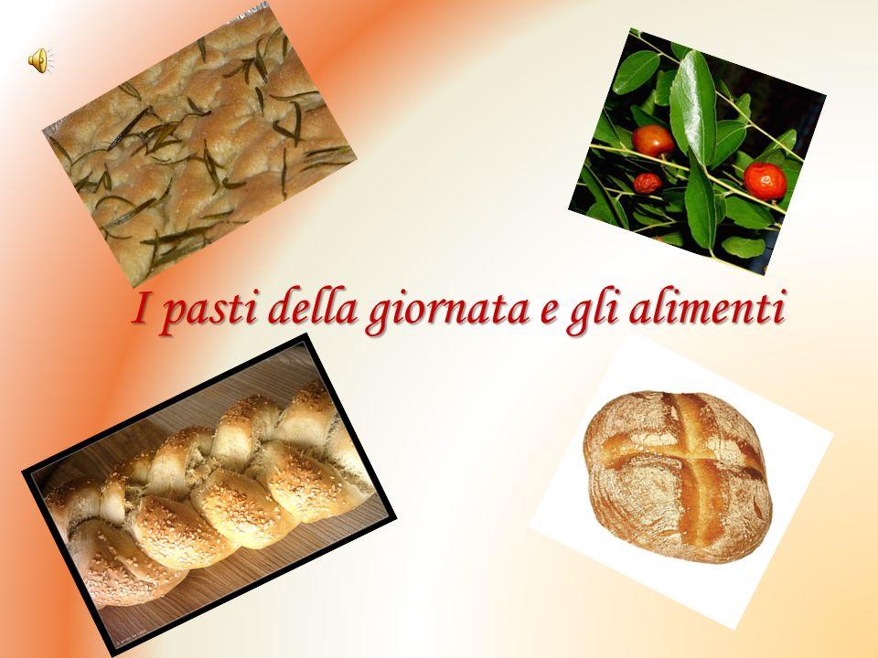 I pasti della giornata e gli alimenti Nellantica Grecia si mangiava tre volte al giorno: a colazione (akràtisma); a pranzo (àriston); e a cena (déipno