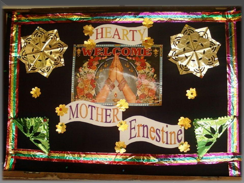 La Visita della Madre è per tutte le Sorelle una preziosa opportunità per rafforzare il vincolo di unità con il centro della Congregazione e ravvivare il senso di appartenenza allIstituto e alla Chiesa.