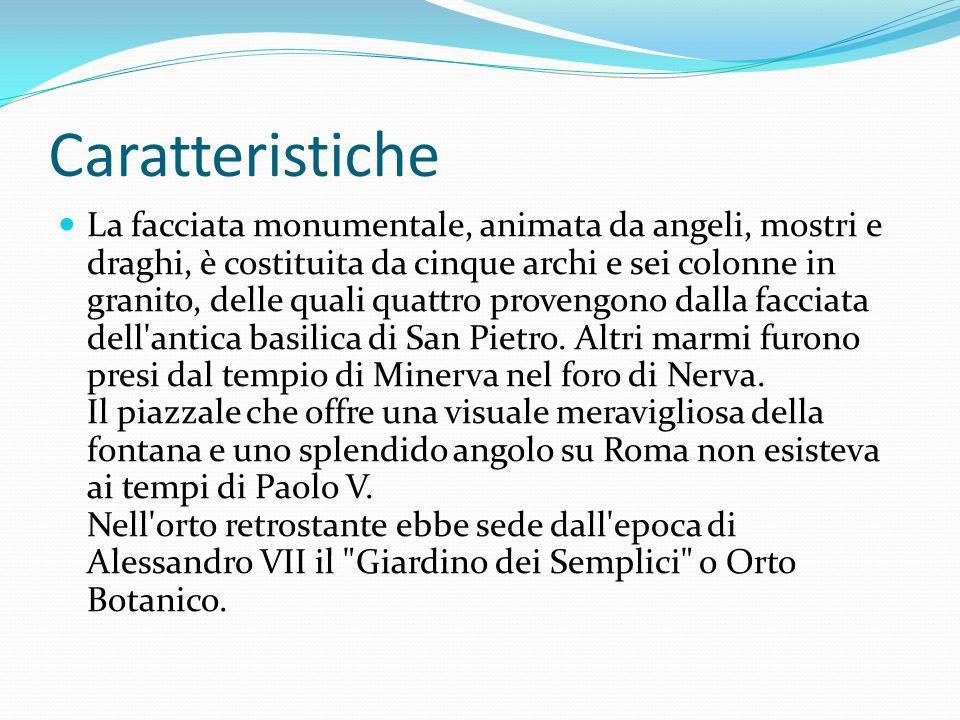 Caratteristiche La facciata monumentale, animata da angeli, mostri e draghi, è costituita da cinque archi e sei colonne in granito, delle quali quattro provengono dalla facciata dell antica basilica di San Pietro.