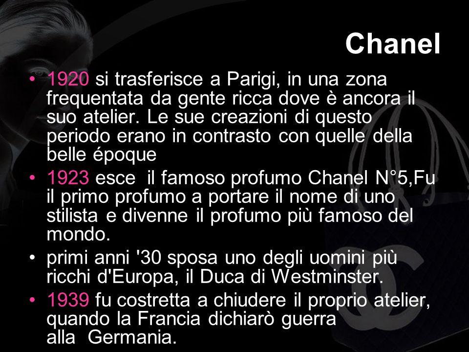 Chanel 1920 si trasferisce a Parigi, in una zona frequentata da gente ricca dove è ancora il suo atelier.