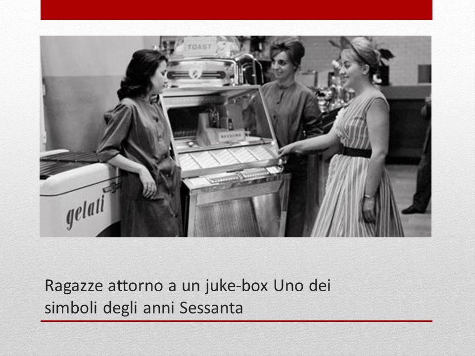 1965: l architetto Alvar Aalto mostra al cardinale Giacomo Lercaro il plastico della chiesa che verrà edificata a Riola di Vergato Questo progetto l unico in Italia di Aalto e rimase sospeso per molto tempo