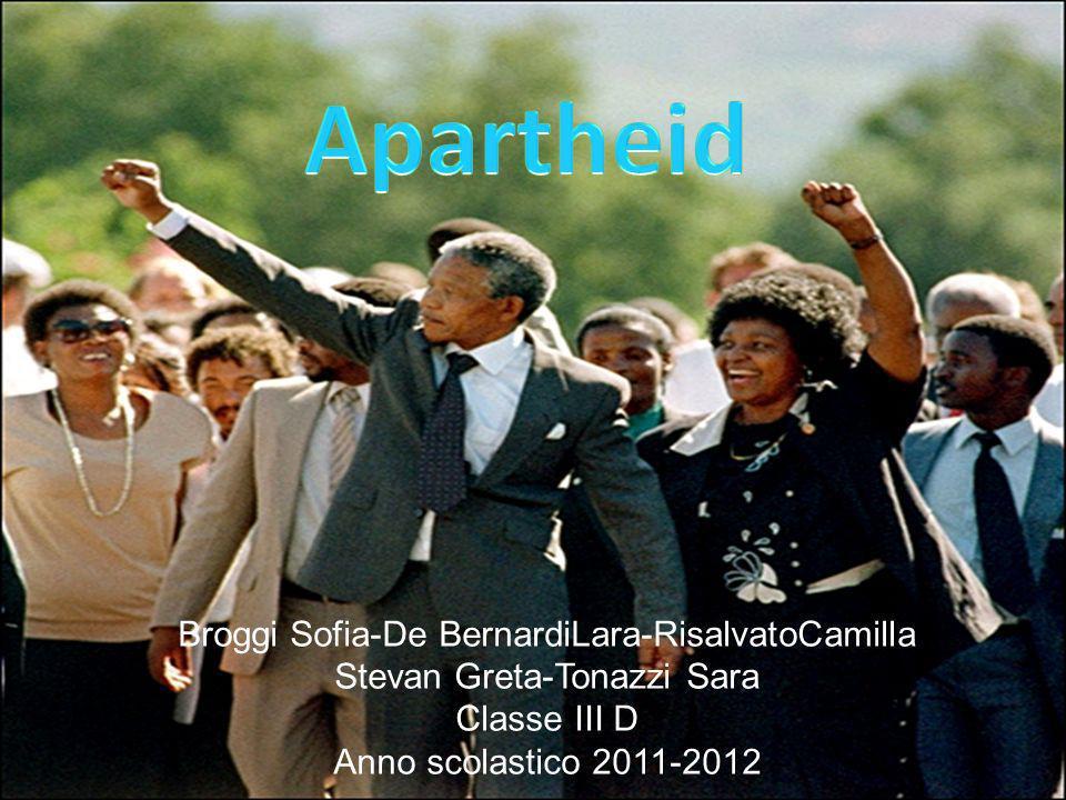 Broggi Sofia-De BernardiLara-RisalvatoCamilla Stevan Greta-Tonazzi Sara Classe III D Anno scolastico 2011-2012
