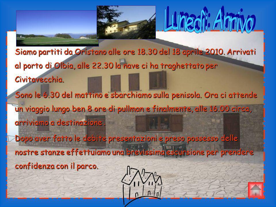 Siamo partiti da Oristano alle ore 18.30 del 18 aprile 2010. Arrivati al porto di Olbia, alle 22.30 la nave ci ha traghettato per Civitavecchia. Sono