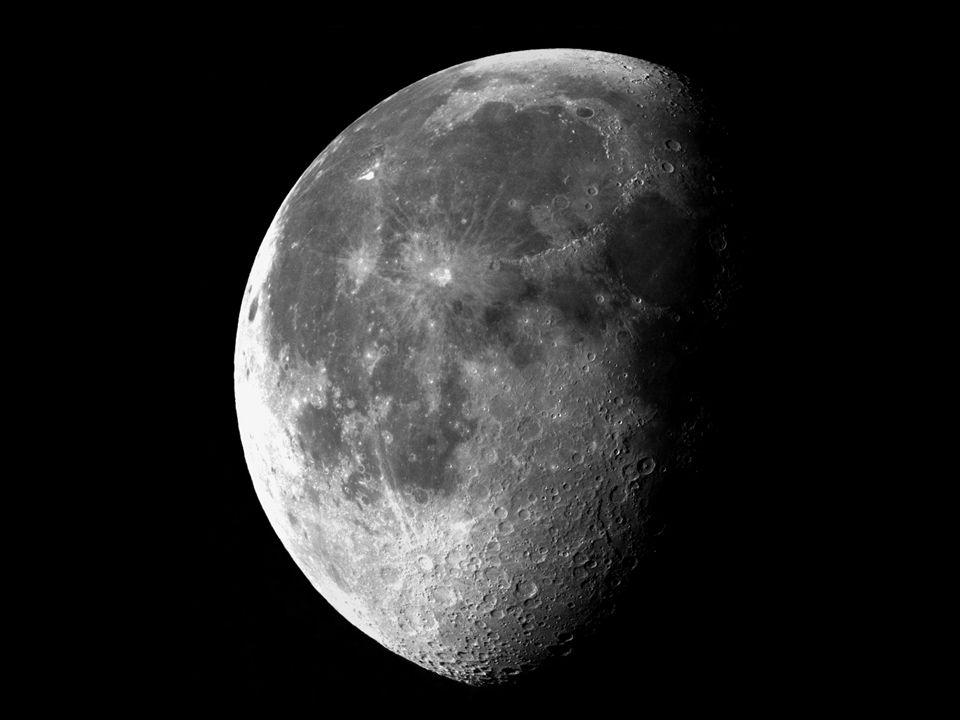 La Luna ha unetà presunta di 4,5 miliardi di anni.