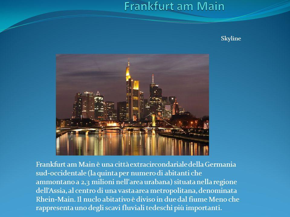 Skyline Frankfurt am Main è una città extracircondariale della Germania sud-occidentale (la quinta per numero di abitanti che ammontano a 2,3 milioni
