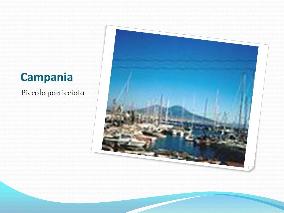 Campania Piccolo porticciolo