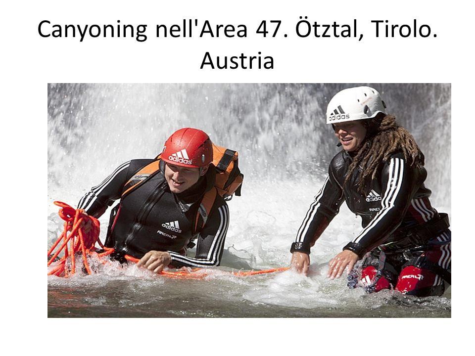 Canyoning nell'Area 47. Ötztal, Tirolo. Austria