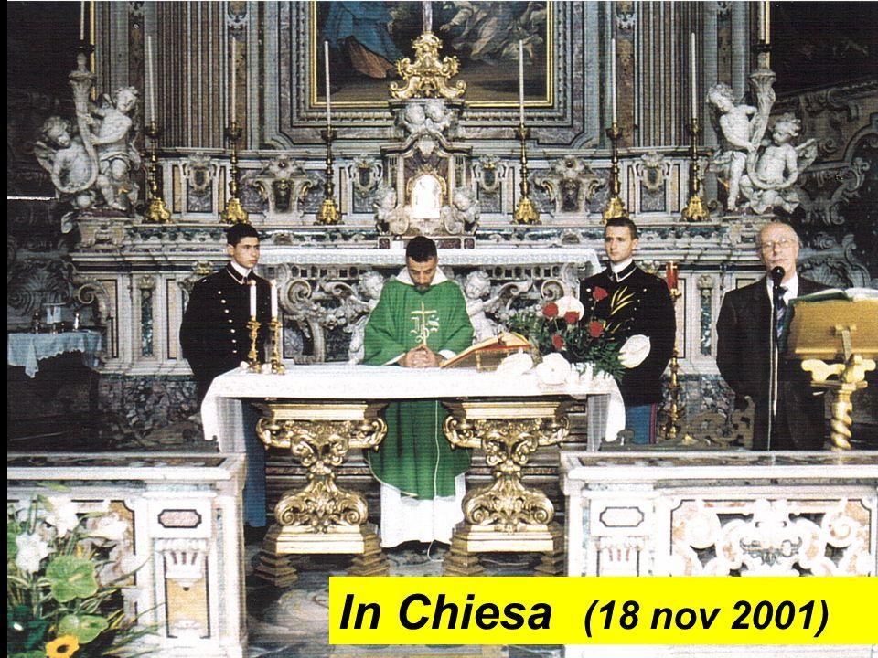In Chiesa (18 nov 2001)