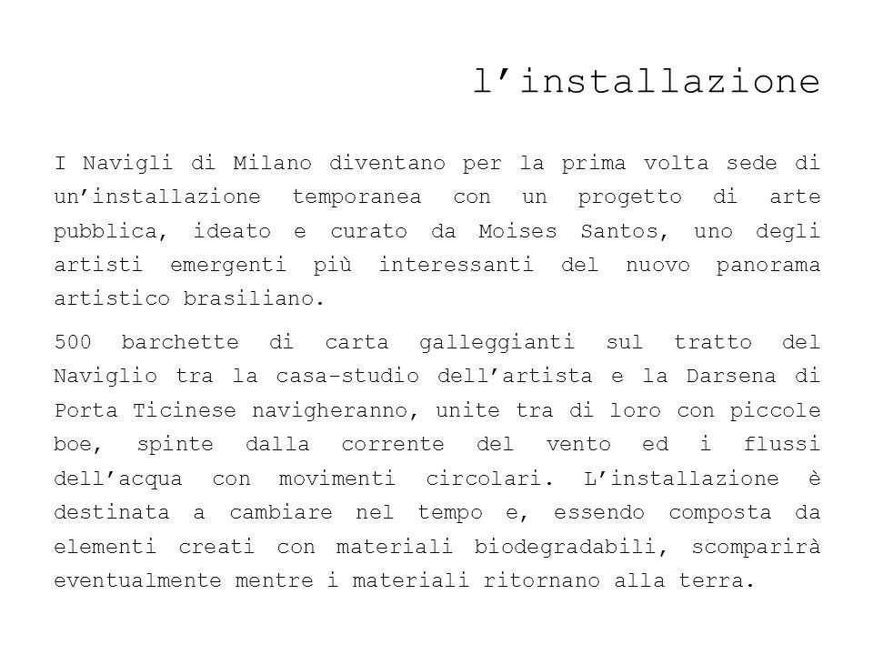 linstallazione I Navigli di Milano diventano per la prima volta sede di uninstallazione temporanea con un progetto di arte pubblica, ideato e curato d
