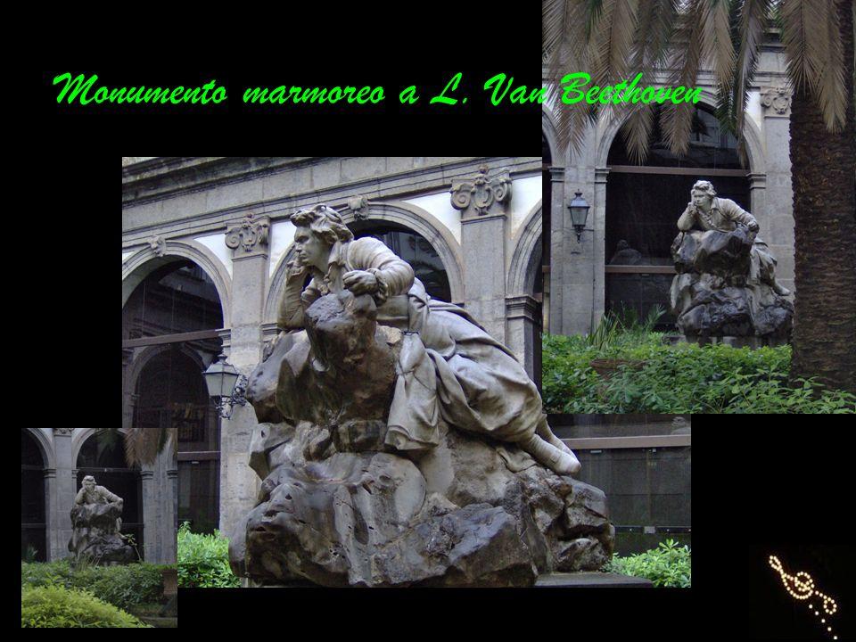 Monumento marmoreo a L. Van Beethoven