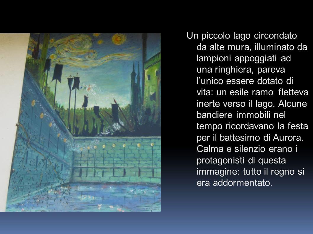 Un piccolo lago circondato da alte mura, illuminato da lampioni appoggiati ad una ringhiera, pareva lunico essere dotato di vita: un esile ramo flette