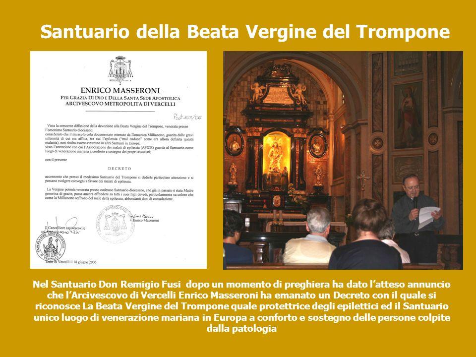 Nel Santuario Don Remigio Fusi dopo un momento di preghiera ha dato latteso annuncio che lArcivescovo di Vercelli Enrico Masseroni ha emanato un Decre