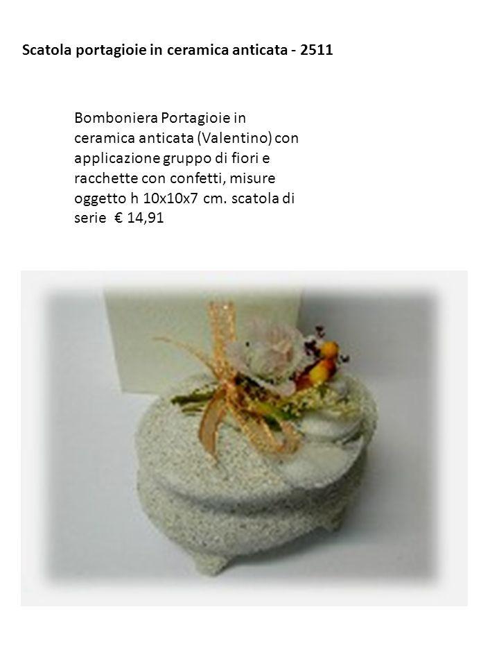 Scatola portagioie in ceramica anticata - 2511 Bomboniera Portagioie in ceramica anticata (Valentino) con applicazione gruppo di fiori e racchette con