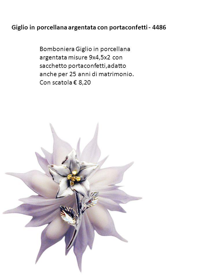 Giglio in porcellana argentata con portaconfetti - 4486 Bomboniera Giglio in porcellana argentata misure 9x4,5x2 con sacchetto portaconfetti,adatto an