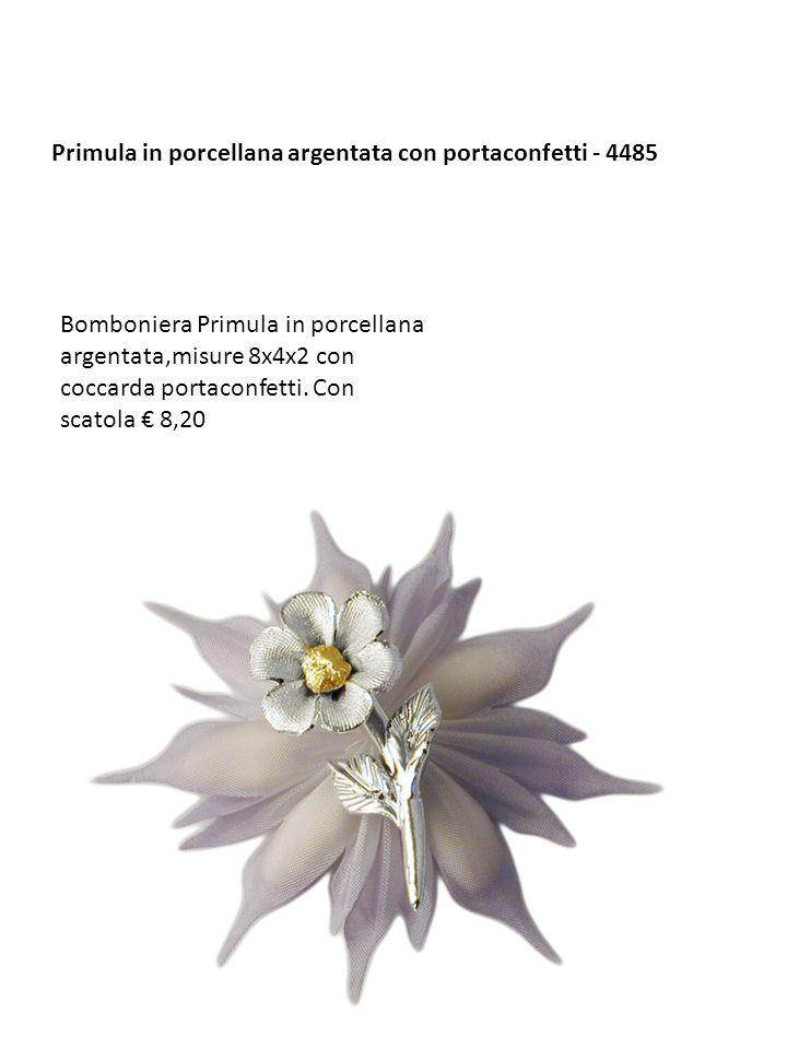 Primula in porcellana argentata con portaconfetti - 4485 Bomboniera Primula in porcellana argentata,misure 8x4x2 con coccarda portaconfetti. Con scato