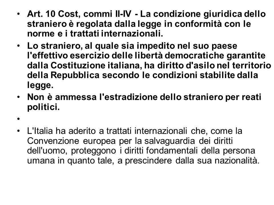 La cittadinanza In Italia si diventa cittadini per nascita da genitori italiani Per adozione da parte di genitori italiani Per naturalizzazione con de
