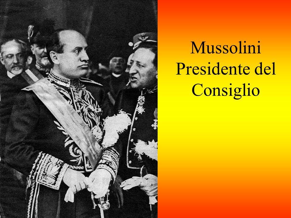 Dicembre 1922 Istituito il GRAN CONSIGLIO DEL FASCISMO: organo di partito con funzione di fare proposte di legge al Governo.