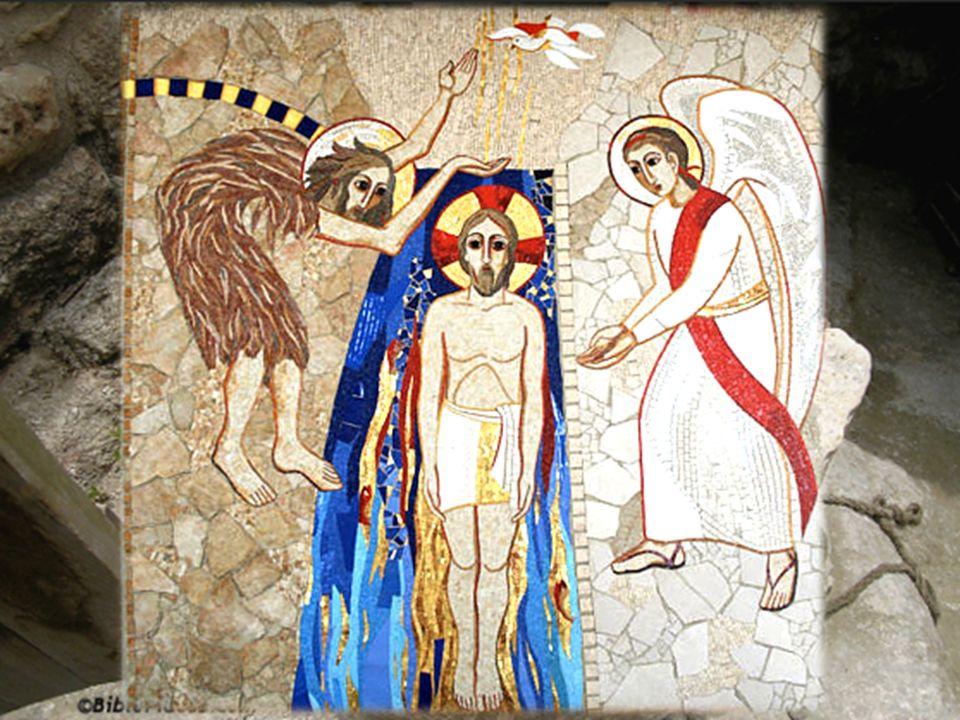 La Veglia Pasquale – Liturgia Battesimale Tenendo il cero nell acqua, prosegue: Discenda, Padre, in questacqua, per opera del tuo Figlio, la potenza dello Spirito.