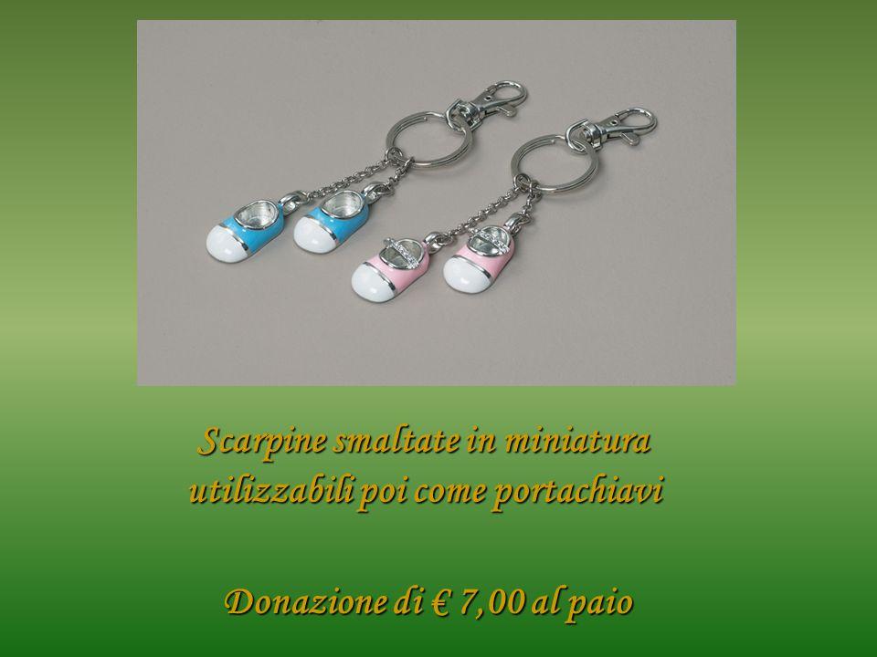 Donazione di 7,00 al paio Scarpine smaltate in miniatura utilizzabili poi come portachiavi