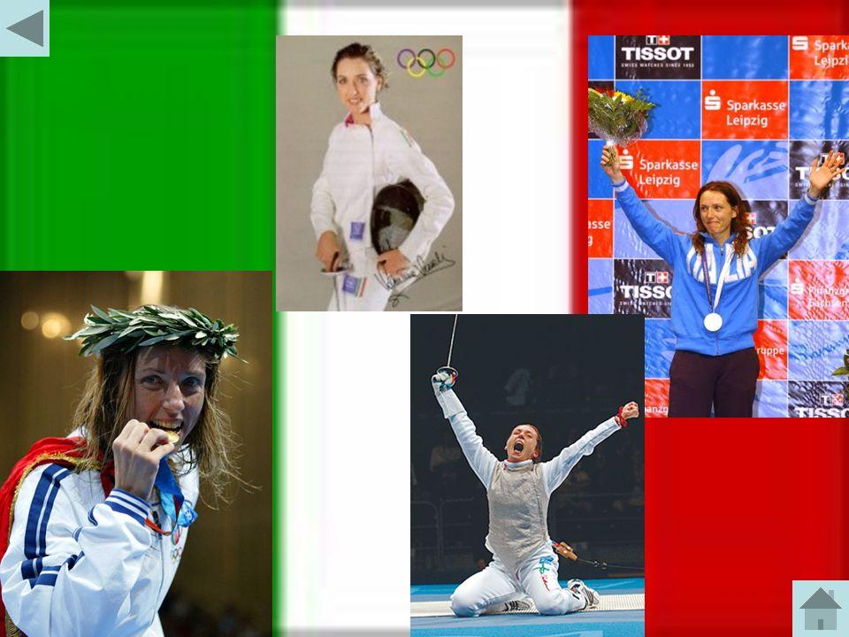 La campionessa : VALENTINA VEZZALI Palmarès 2 ori e 1 argento olimpici individuali 2 ori olimpici a squadre 5 ori, 2 argenti e 2 bronzi mondiali individuali 5 ori e 1 argento mondiali a squadre 3 ori, 1 argento e 1 bronzo europei individuali 2 ori, 1 argento e 1 bronzo europei a squadre 9 Coppe del Mondo 59 vittorie in CdM (record) 11 titoli italiani 2 Universiadi 1 Giochi del Mediterraneo