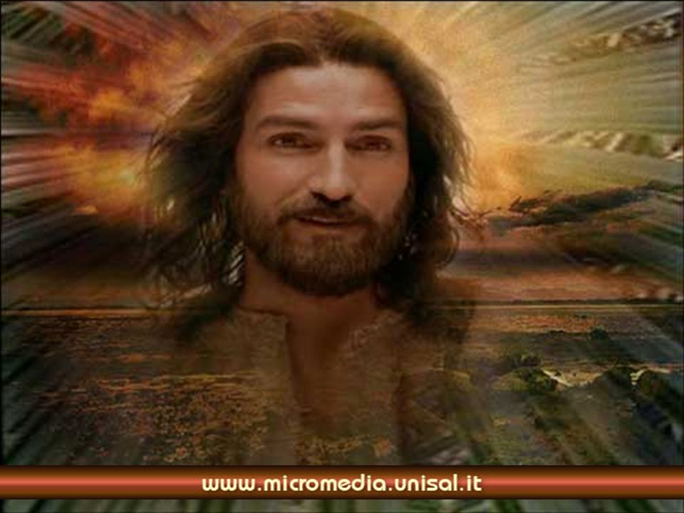 Nellannientamento del Figlio di Dio nasce una nuova umanità. Il mistero della morte diventa mistero di vita e di trionfo.