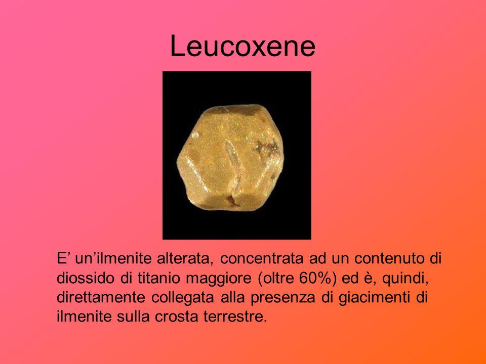Anatase Lanatase è una forma polimorfa del rutilo, cioè ha la sua stessa formula chimica ma diversa forma cristallina.