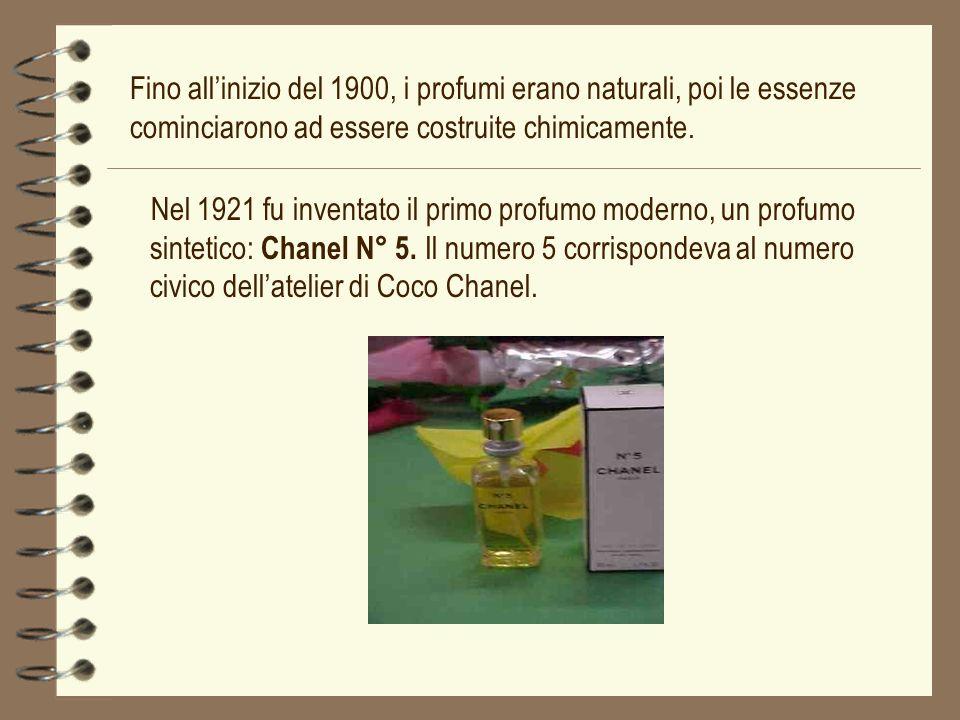 Nel 1921 fu inventato il primo profumo moderno, un profumo sintetico: Chanel N° 5. Il numero 5 corrispondeva al numero civico dellatelier di Coco Chan