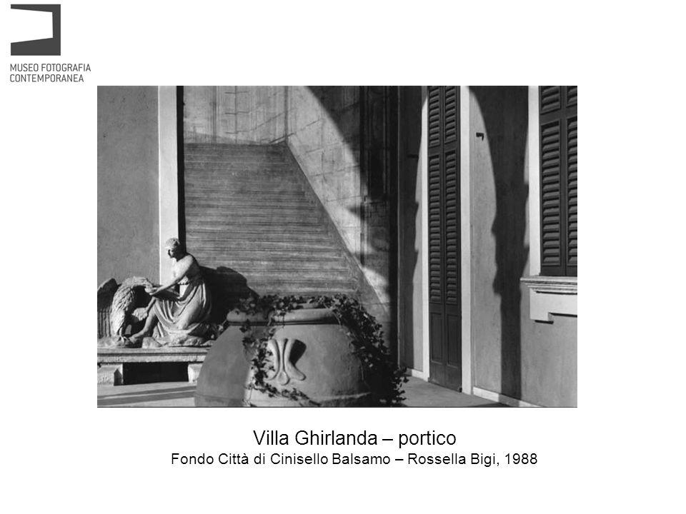 Villa Ghirlanda – scala dingresso al piano nobile Archivio dello Spazio – Mimmo Jodice, 1994