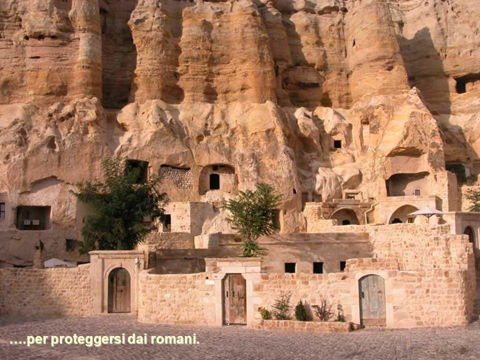 In seguito le caverne furono utilizzate come chiese e rifugi ….