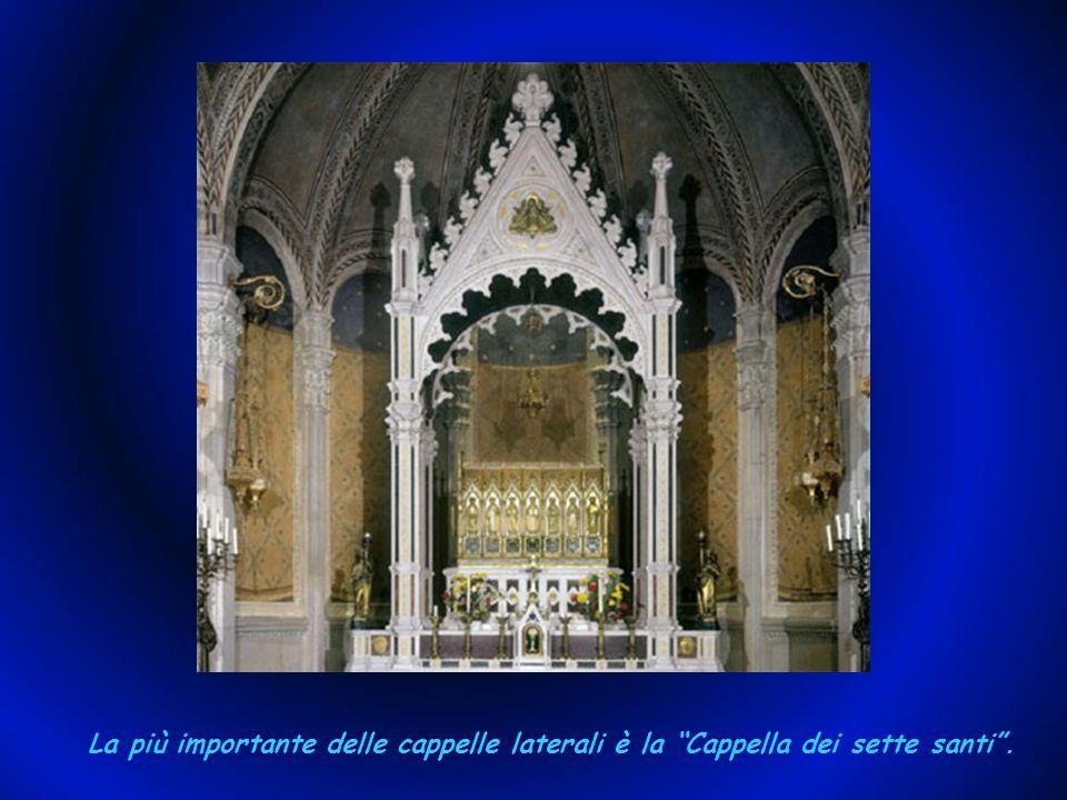 La Chiesa è stata edificata nel 1412 e rinnovata nel 1717. La chiesa di Santa Maria, a navata unica, con cappelle laterali è riccamente ornata in stil
