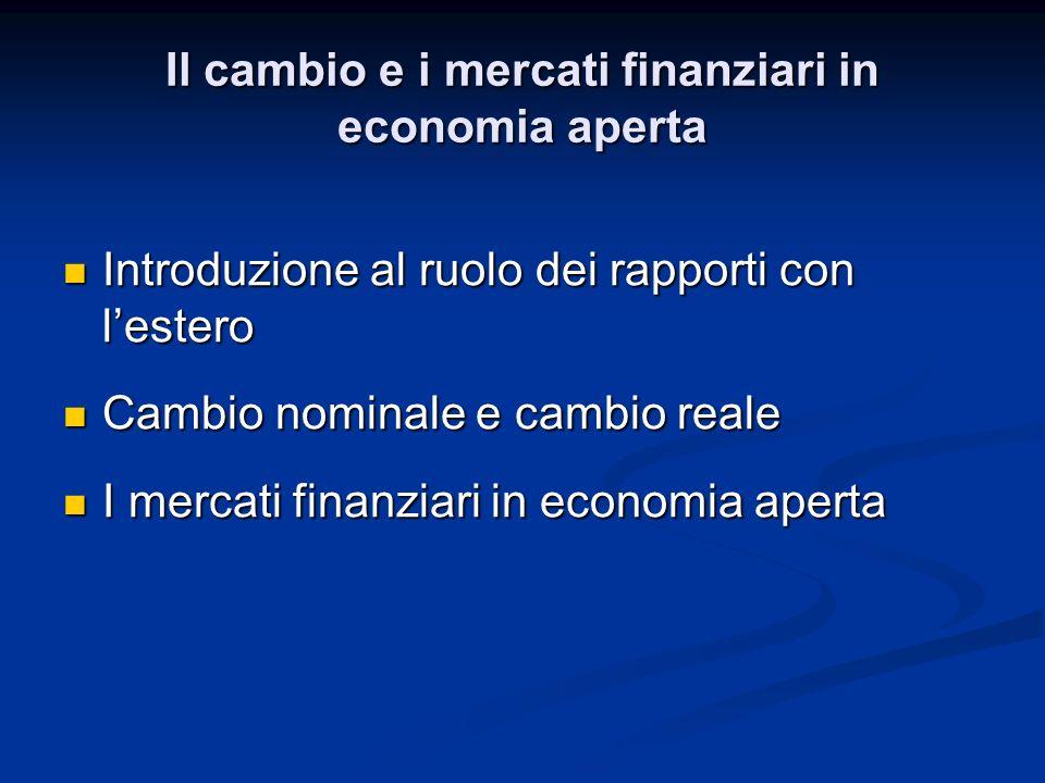 Assumiamo che esista un unico bene prodotto in Italia e negli Stati Uniti Assumiamo che esista un unico bene prodotto in Italia e negli Stati Uniti Escludendo costi trasporto, la scelta dipende dal confronto fra il prezzo italiano e quello americano Escludendo costi trasporto, la scelta dipende dal confronto fra il prezzo italiano e quello americano Italia P (in euro) Italia P (in euro) US P* (in dollari) US P* (in dollari) Per confrontare i prezzi valuta uguale P in euro in $ E e/$ P Per confrontare i prezzi valuta uguale P in euro in $ E e/$ P Il tasso di cambio reale
