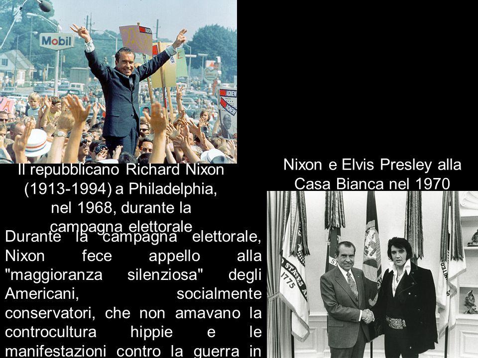 Il repubblicano Richard Nixon (1913-1994) a Philadelphia, nel 1968, durante la campagna elettorale Durante la campagna elettorale, Nixon fece appello