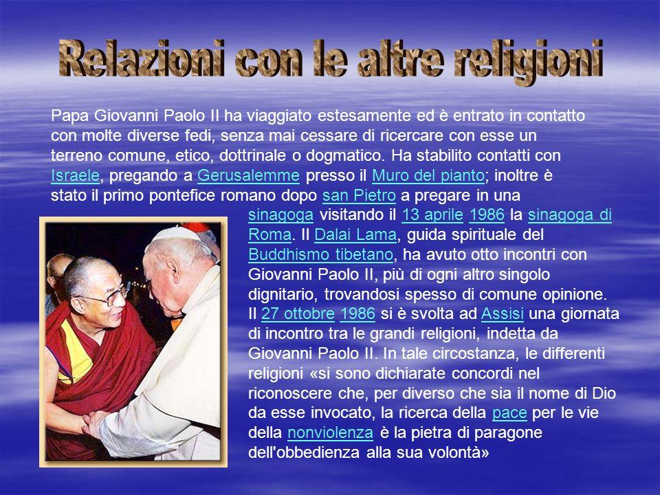 sinagogasinagoga visitando il 13 aprile 1986 la sinagoga di Roma. Il Dalai Lama, guida spirituale del Buddhismo tibetano, ha avuto otto incontri con G