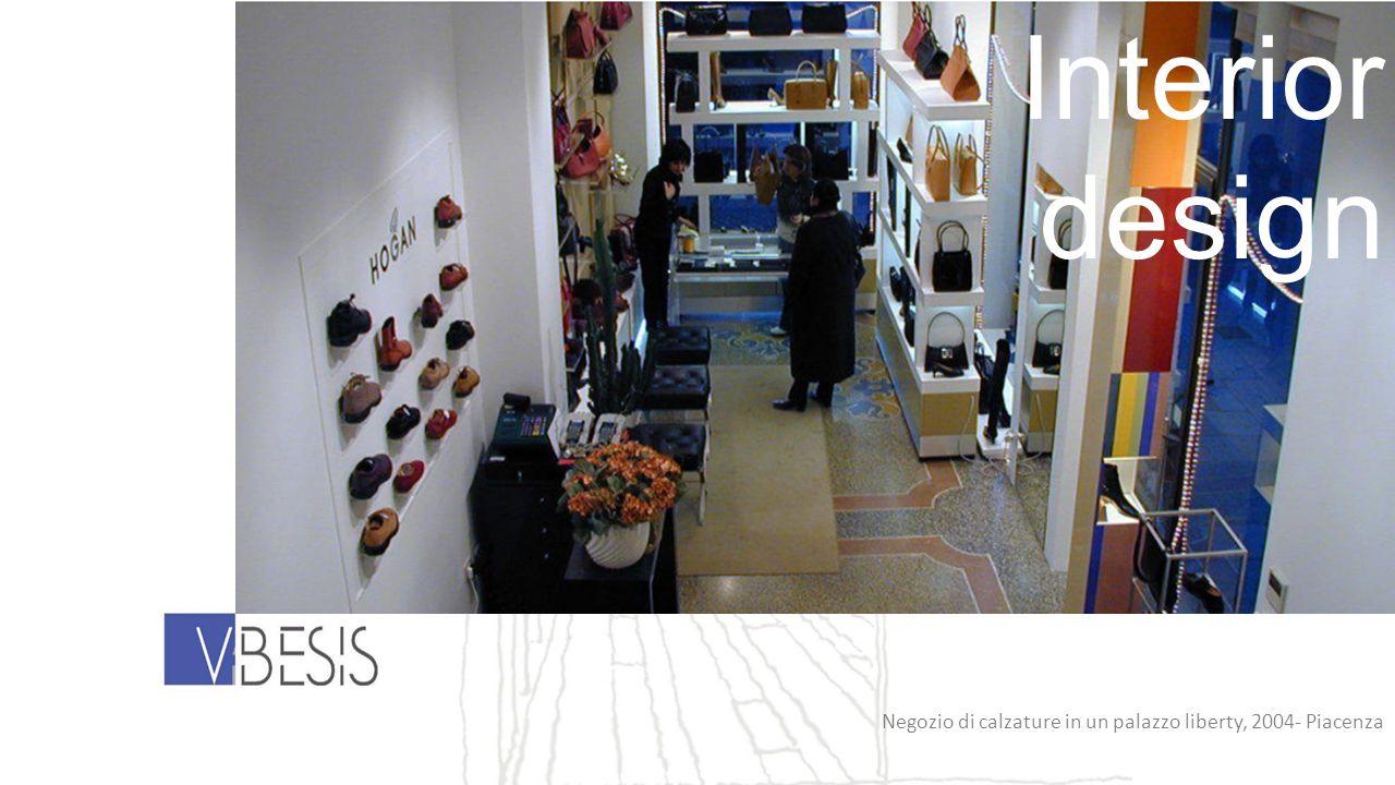 Negozio di calzature in un palazzo liberty, 2004- Piacenza Interior design