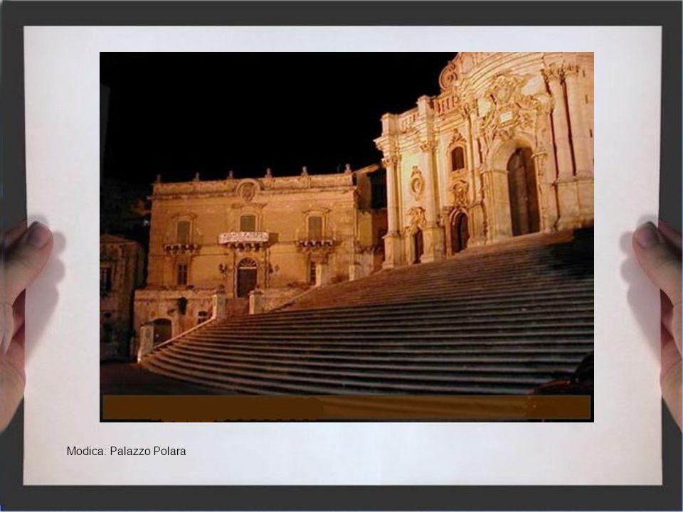 Militello val di Catania: Municipio